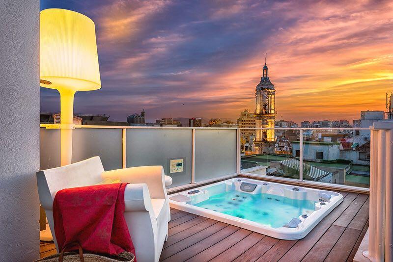 apartamento para vacaciones con jacuzzi en Málaga centro